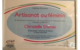 "Diplôme d'honneur ""Artisanat au féminin"""